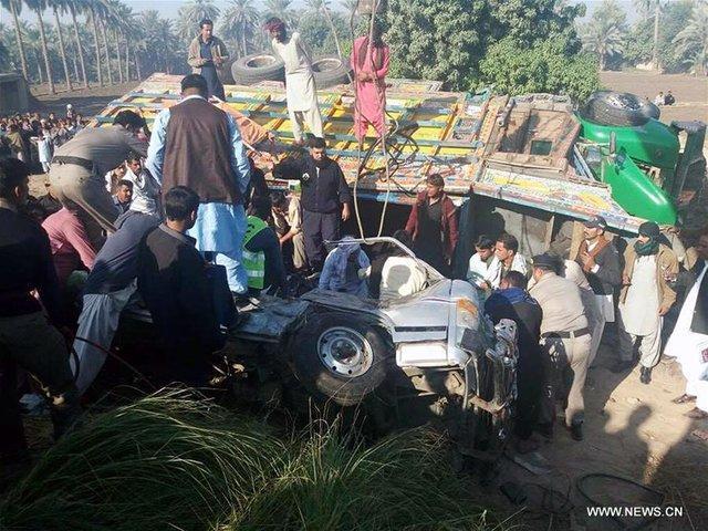24 کشته در تصادف مرگبار کامیون در هند