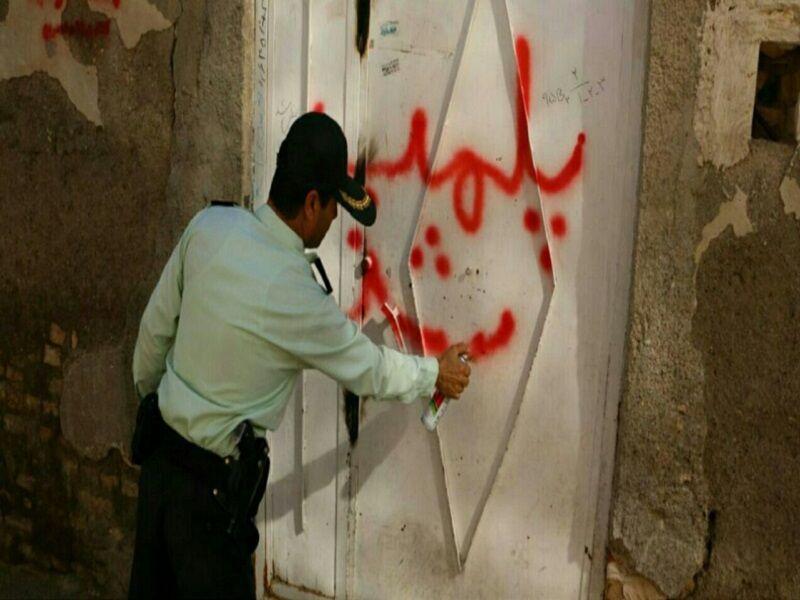 خبرنگاران پلمب پاتوق مواد مخدر در بیرجند