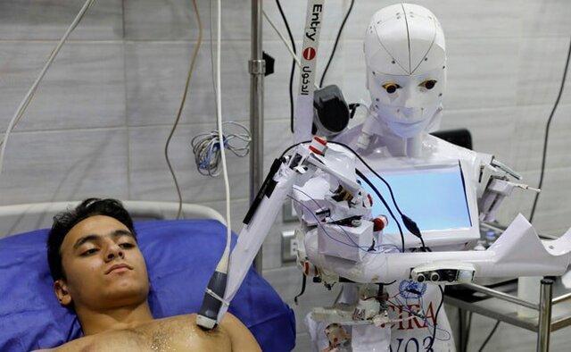 روباتی در مصر که آزمایش کرونا می گیرد